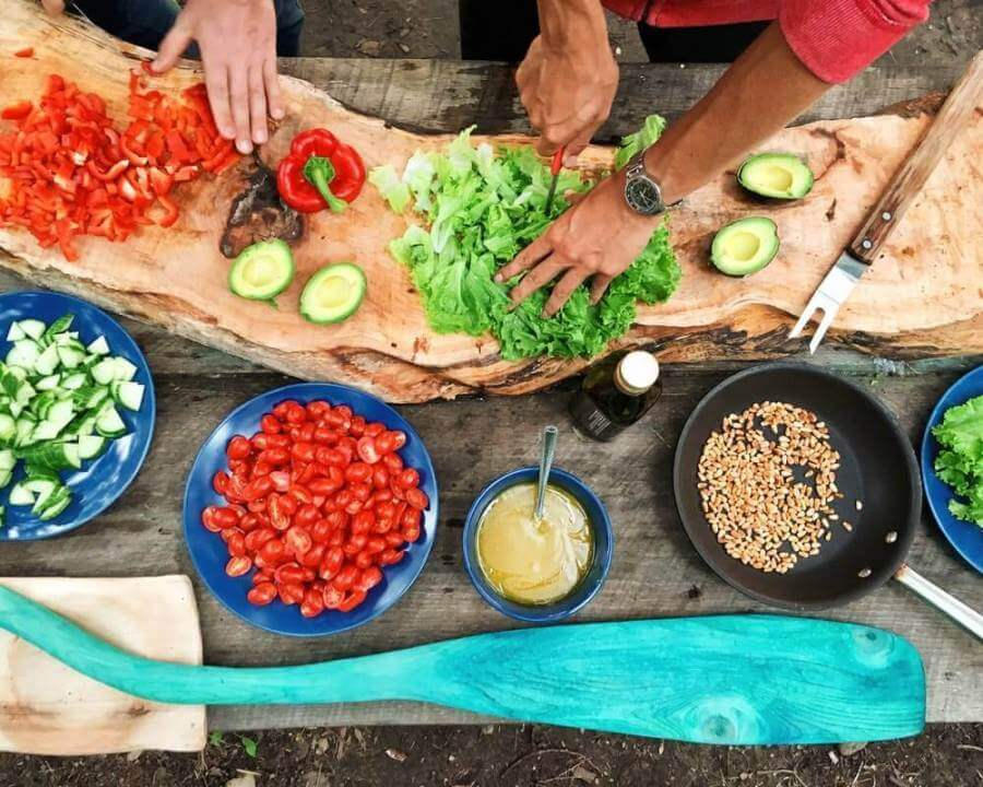priprema-povrća-seckanje-sto